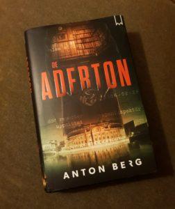 Bokmalen läser De aderton av Anton Berg
